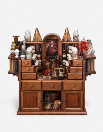 Pharmacy – Miniature Furniture - Manuzio